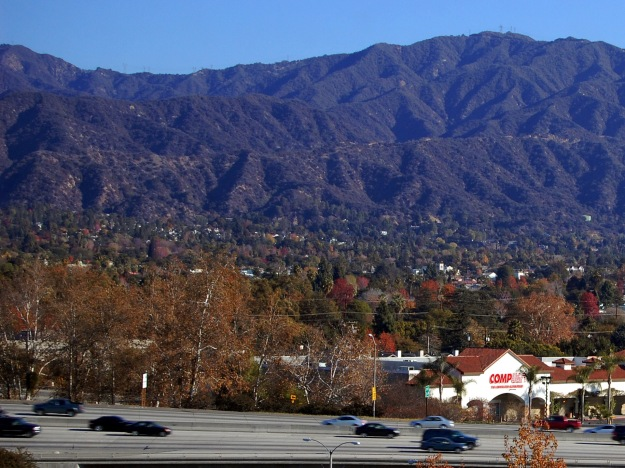Monrovia_CA_San_Gabriel_Mountains_i210